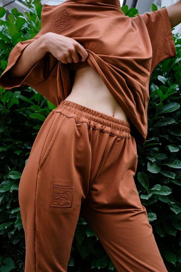 LOGO teplákové nohavice