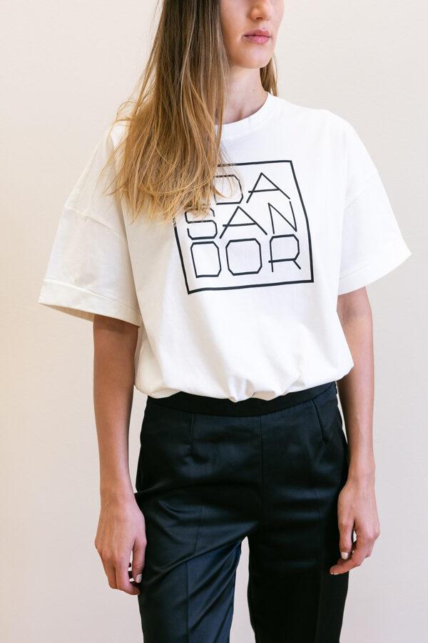 Tričko biele s čiernym logom 01